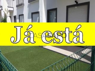 Ver Apartamento T2 com garagem, Rosto de Cão (Livramento) em Ponta Delgada