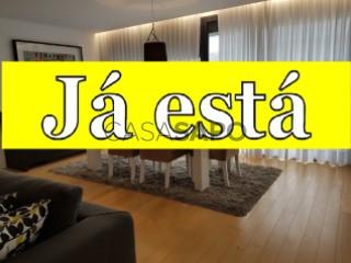 Voir Appartement 3 Pièces Avec garage, Pópulo, Rosto de Cão (Livramento), Ponta Delgada, São Miguel, Rosto de Cão (Livramento) à Ponta Delgada