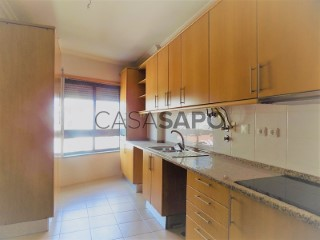 See Apartment 2 Bedrooms with garage, Barreiro e Lavradio in Barreiro