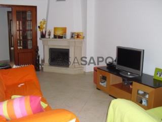 See Apartment 2 Bedrooms, Baixa da Banheira e Vale da Amoreira in Moita