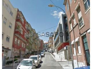 See Building , Algés, Linda-a-Velha e Cruz Quebrada-Dafundo in Oeiras