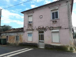 Ver Casa Antiga T2, Marmeleira e Assentiz em Rio Maior