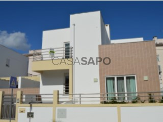 Ver Casa 4 habitaciones, Qta. dos Pinheiros (São Vicente), Abrantes (São Vicente e São João) e Alferrarede, Santarém, Abrantes (São Vicente e São João) e Alferrarede en Abrantes