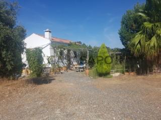 See Alentejo Farmhouse 1 Bedroom, Trigaches e São Brissos in Beja