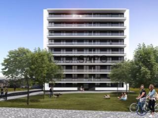 Voir Appartement 4 Pièces Avec garage, Pontinha e Famões, Odivelas, Lisboa, Pontinha e Famões à Odivelas