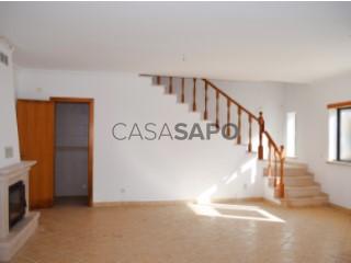 Voir Maison 4 Pièces avec garage, Lourinhã e Atalaia à Lourinhã