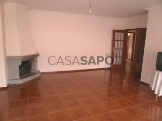 See Apartment 3 Bedrooms, Tarouca e Dálvares in Tarouca