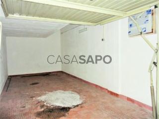 Voir Garage , Sesimbra (Santiago) à Sesimbra