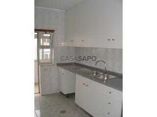 See Apartment 4 Bedrooms, São João Norte (São João), Ovar, S.João, Arada e S.Vicente de Pereira Jusã, Aveiro, Ovar, S.João, Arada e S.Vicente de Pereira Jusã in Ovar
