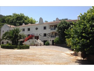 See House 6 Bedrooms, Colares in Sintra