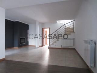 Ver Moradia T3 Triplex Com garagem, Vila Cantanhede (Cantanhede), Cantanhede e Pocariça, Coimbra, Cantanhede e Pocariça em Cantanhede