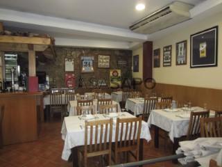 Ver Bar / Restaurante T0 Duplex, Av. Fernão de Magalhães (Santa Cruz), Sé Nova, Santa Cruz, Almedina e São Bartolomeu, Coimbra, Sé Nova, Santa Cruz, Almedina e São Bartolomeu em Coimbra