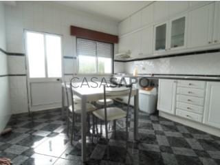 Ver Apartamento T3 Com garagem, Penela (São Miguel), São Miguel, Santa Eufémia e Rabaçal, Coimbra, São Miguel, Santa Eufémia e Rabaçal em Penela