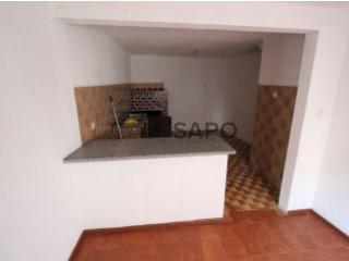 Ver Casa 3 habitaciones con garaje, Lajeosa do Mondego en Celorico da Beira