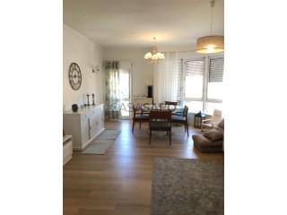 Voir Appartement 3 Pièces, Sesimbra (Castelo) à Sesimbra