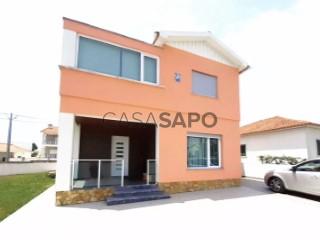 Ver Moradia T3 com garagem, Silveira em Torres Vedras
