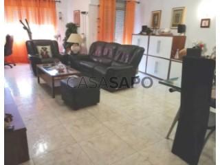 Ver Apartamento T3 Com garagem, Pedernais (Ramada), Ramada e Caneças, Odivelas, Lisboa, Ramada e Caneças em Odivelas