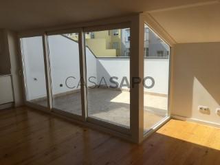 Ver Apartamento T2 Com garagem, Campo de Ourique (Santa Isabel), Lisboa, Campo de Ourique em Lisboa
