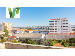 Ver Apartamento 3 habitaciones con garaje en Portimão
