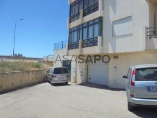 Voir Garage , Faro (Sé e São Pedro) à Faro