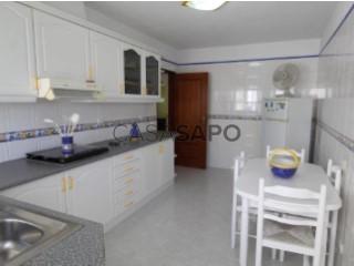 Voir Appartement 3 Pièces avec garage, Albufeira e Olhos de Água à Albufeira