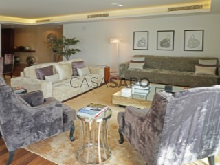 See Apartment 5 Bedrooms With garage, Olivais, Lisboa, Olivais in Lisboa