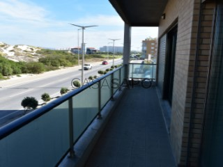 See Apartment 2 Bedrooms with garage in Peniche
