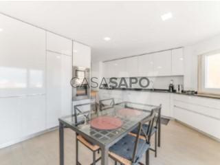 Ver Apartamento T6, Carnide em Lisboa