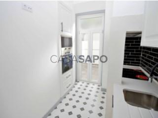 Voir Appartement 3 Pièces, Campo de Ourique, Campolide, Lisboa, Campolide à Lisboa
