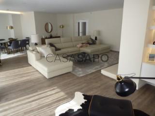 See Apartment 4 Bedrooms With garage, Massamá Norte (Belas), Queluz e Belas, Sintra, Lisboa, Queluz e Belas in Sintra
