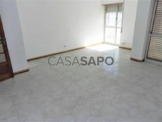 Ver Apartamento T3, Bairro de Ouressa, Algueirão-Mem Martins, Sintra, Lisboa, Algueirão-Mem Martins em Sintra