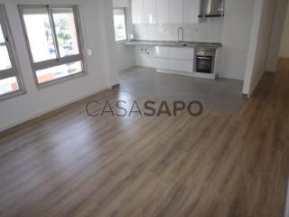 Ver Apartamento T2, Massamá (Queluz), Queluz e Belas, Sintra, Lisboa, Queluz e Belas em Sintra