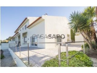 Voir Maison 6 Pièces Duplex Avec garage, Carnaxide e Queijas, Oeiras, Lisboa, Carnaxide e Queijas à Oeiras