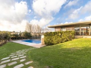 See Apartment 3 Bedrooms With garage, Alcabideche, Cascais, Lisboa, Alcabideche in Cascais