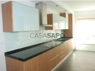 Ver Apartamento T4, Carnide em Lisboa