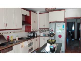 See Apartment 3 Bedrooms With garage, Macieira de Cambra, Vale de Cambra, Aveiro, Macieira de Cambra in Vale de Cambra