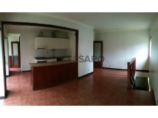 Voir Appartement 3 Pièces Duplex Avec garage, Braga (São Vicente), Braga (São Vicente) à Braga