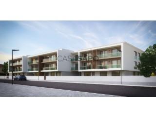 See Apartment 4 Bedrooms with garage, Nossa Senhora do Pópulo, Coto e São Gregório in Caldas da Rainha