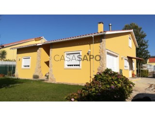 See House 3 Bedrooms with garage, Alfeizerão in Alcobaça