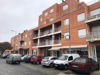 Voir Appartement 3 Pièces, São Mamede de Infesta e Senhora da Hora, Matosinhos, Porto, São Mamede de Infesta e Senhora da Hora à Matosinhos