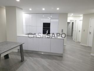 Voir Appartement 5 Pièces Avec garage, Gondomar (São Cosme), Valbom e Jovim, Porto, Gondomar (São Cosme), Valbom e Jovim à Gondomar