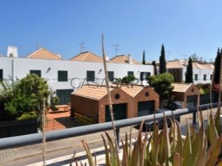 Ver Moradia T3, Porta Nova (Santa Maria Tavira), Tavira (Santa Maria e Santiago), Faro, Tavira (Santa Maria e Santiago) em Tavira
