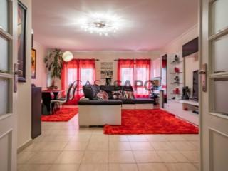 See Apartment 3 Bedrooms, Alcochete, Setúbal in Alcochete