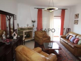 Voir Appartement 4 Pièces, Beja (Santiago Maior e São João Baptista) à Beja
