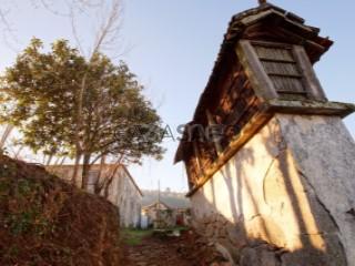 See Farm 7 Bedrooms, Lobão, Gião, Louredo e Guisande, Santa Maria da Feira, Aveiro, Lobão, Gião, Louredo e Guisande in Santa Maria da Feira