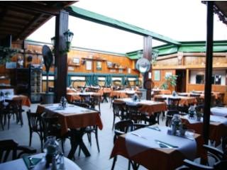 Voir Bar/Restaurant, Montechoro (Albufeira), Albufeira e Olhos de Água, Faro, Albufeira e Olhos de Água à Albufeira