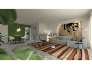 Ver Apartamento T4 com garagem, Lagoa e Carvoeiro em Lagoa (Algarve)