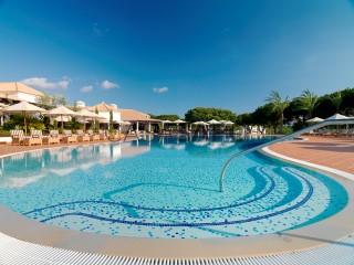 Ver Apartamento T3 com piscina, Albufeira e Olhos de Água em Albufeira