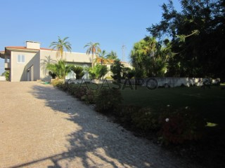 See Detached House 4 Bedrooms With garage, Centro (São Martinho (Bougado)), Bougado (São Martinho e Santiago), Trofa, Porto, Bougado (São Martinho e Santiago) in Trofa