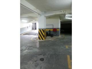 Ver Garagem , Faro (Sé e São Pedro) em Faro